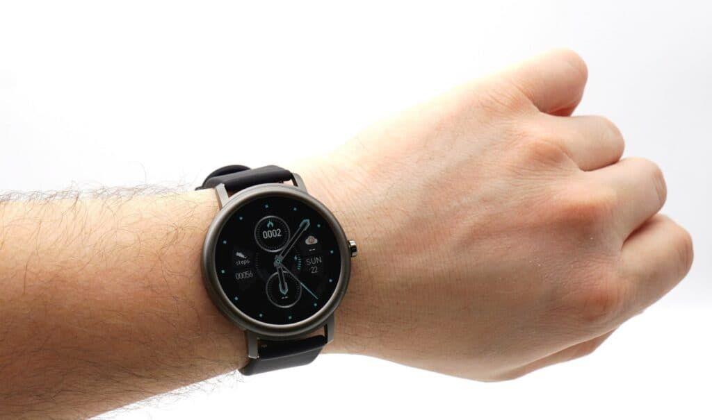 Сравнение умных часов Xiaomi для женщин